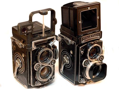 Twin Lens Reflex Camera and Range Finder Camera