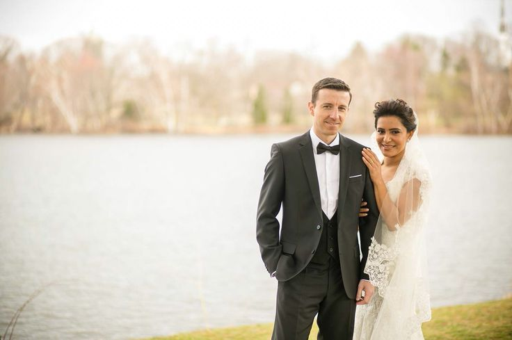 Lake picture, wedding picture, romantic wedding