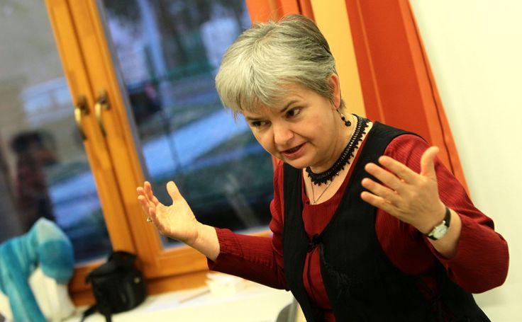 Uzsalyné dr. Pécsi Rita a fegyelmezésről