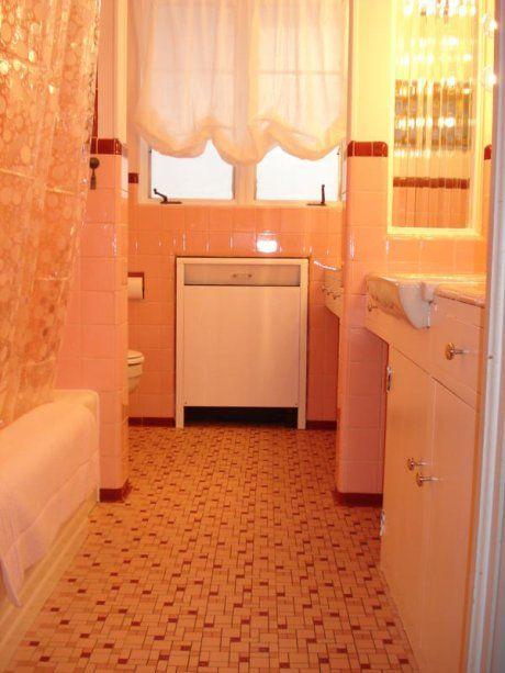 17 best ideas about 1950s bathroom on pinterest bathroom for Bathroom ideas 1950s
