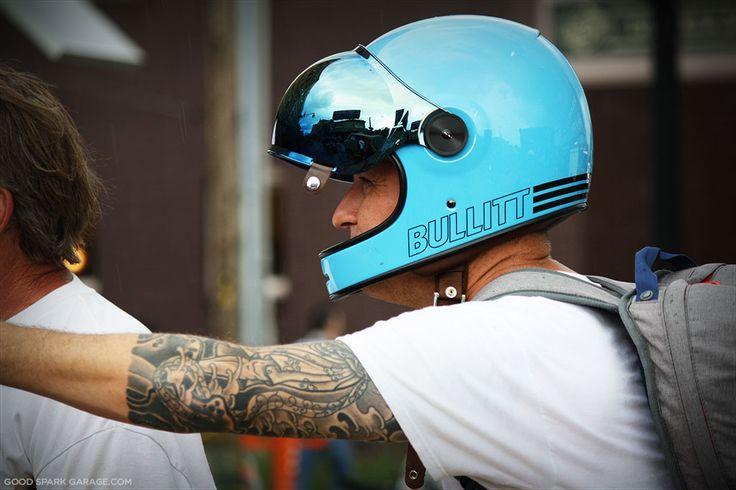 /// bell bullitt helmet