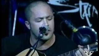 Staind - Fred Durst - Outside (live), via YouTube.