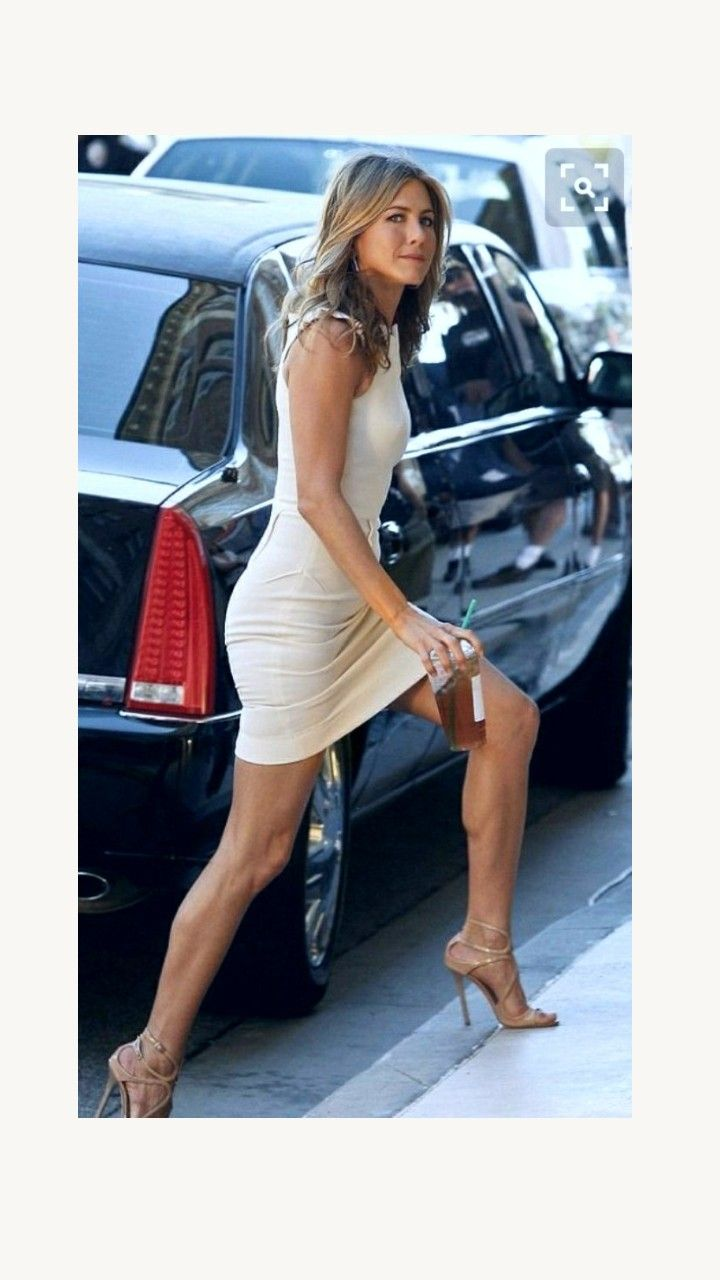 e74dc9cf43dd Pin by Hershel Bockman on Jennifer aniston in 2019