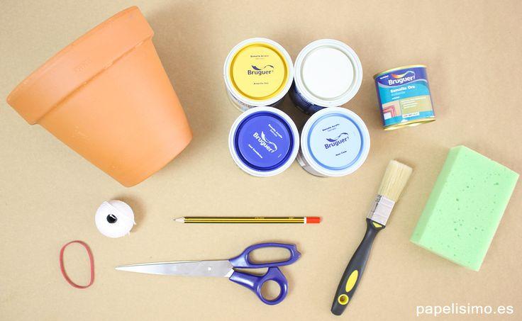 Aprende paso a paso cómo pintar macetas de barro para decorar tu terraza. Descubre cuál es la mejor pintura para pintar macetas y dos técnicas para