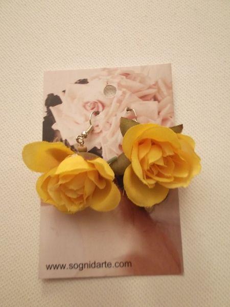 Orecchini rosa in tessuto -giallo limone di sogni d'arte by adalgisa su DaWanda.com