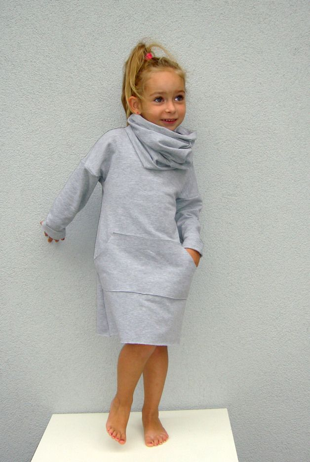Comfortable Dress with pockets and removable shawl that can be worn with a dress or other compositions ...