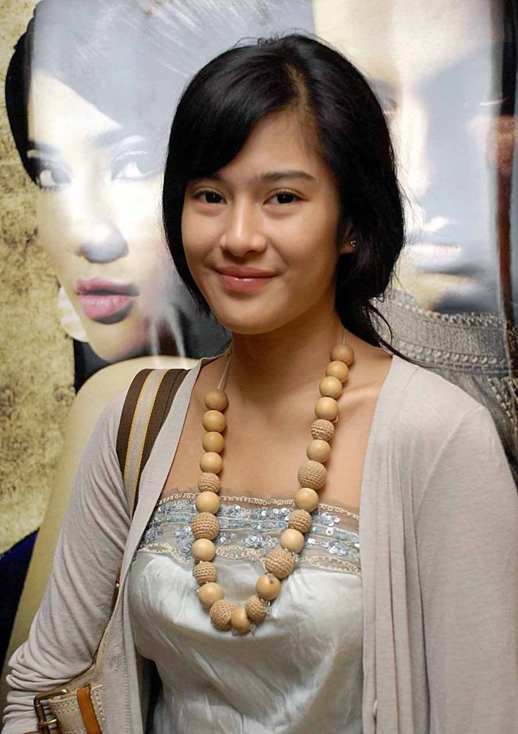 Diandra Paramitha Sastrowardoyo | #Artis #Indonesia #Film