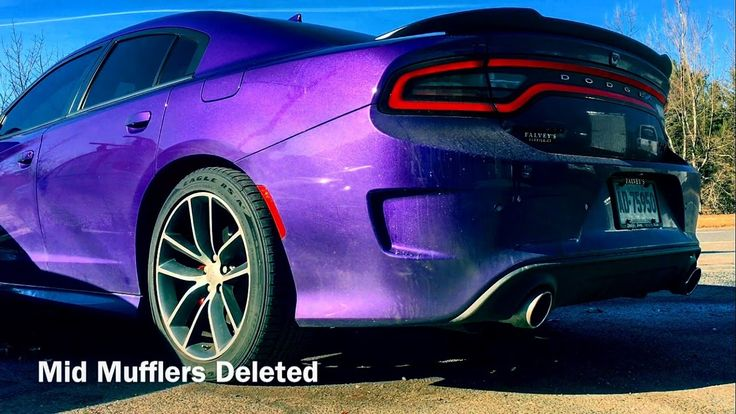 The Scatpack got its mid mufflers deleted. This is crazy loud #Dodge #Challenger #Charger #mopar #Ram #Viper #car