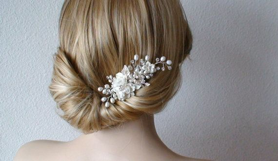 Bridal hairpiece love the style, i think this one is my favorite that i have seen