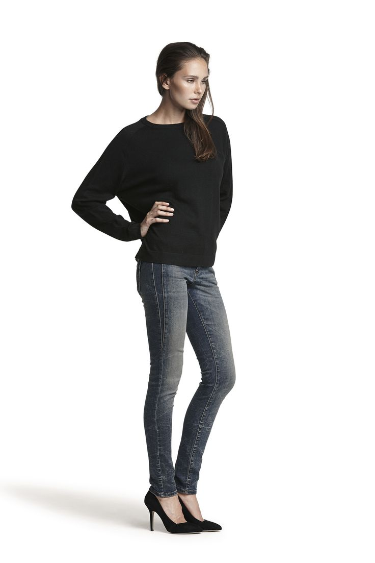 Gorgeous cashmere knit sweater and Gold hw slim jeans #gold #black #fashion #amazing #cosy #warm #AW15
