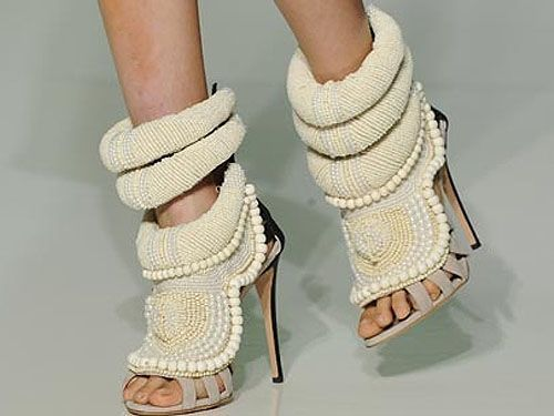 f0e2b89e3964 Pearl embroidered sandals by Giuseppe Zanotti and Kanye West ...