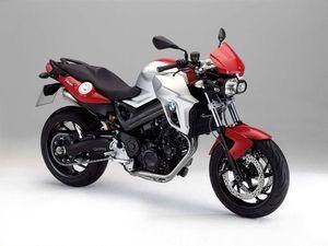 10 buenas motos recomendables para mujeres: BMW F800R