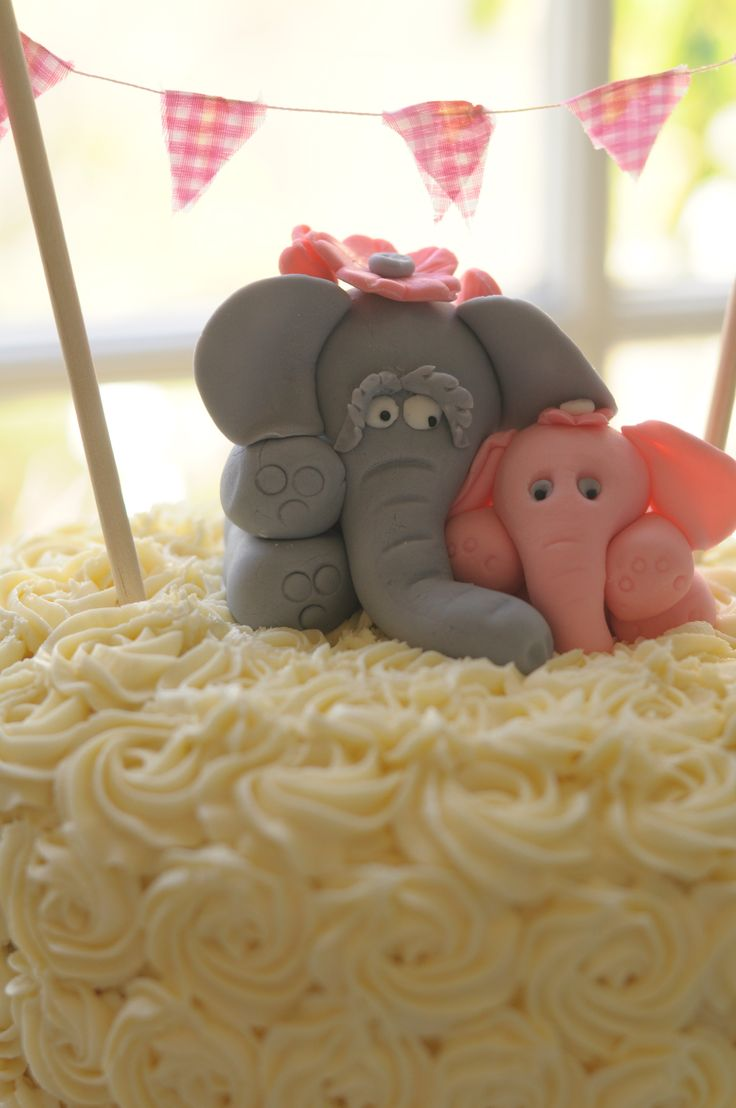Some elephants are just so cute!