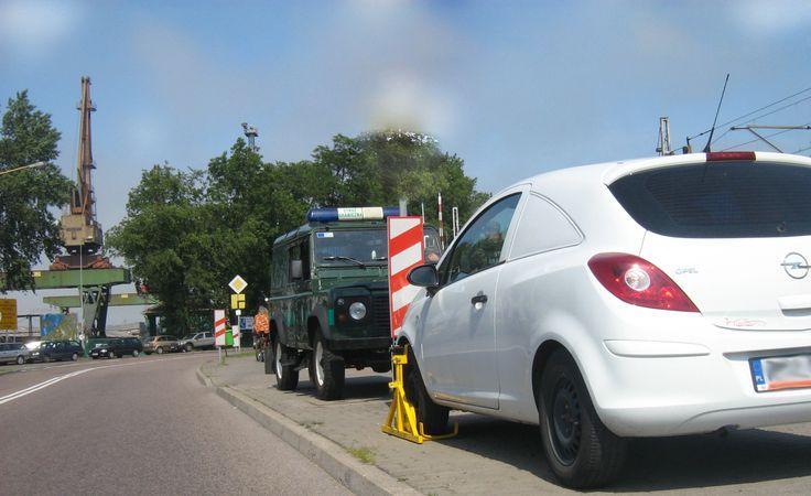 ⚫Czy czasem zdarza się Wam szukać przez długi czas miejsca do zaparkowania samochodu?Jeśli tak to zapoznaj się z naszym najnowszym artykułem! ⚫ Allegro:  ➜ http://allegro.pl/listing/user/listing.php?us_id=22287661&order=m ⚫ Odwiedź także naszą stronę i sklep internetowy: ➜ www.polstarter.pl ➜ www.sklep.polstarter.pl ⚫ KONTAKT: 📲 792 205 305 ✉ allegro@polstarter.pl #alternator #alternatory #blogmotoryzacyjny #blokadanakoło #częścisamochodowe #kierowcydrogowi #motoryzacja #rozrusznik…