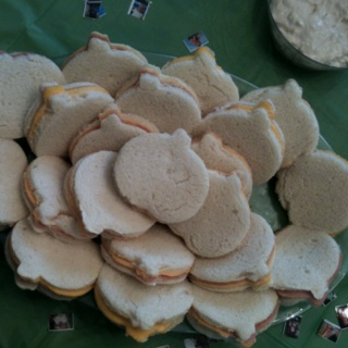 Pumpkin shaped sandwiches for Halloween themed party!