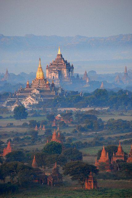 Bagan Temples (Burma) in the morning mist, Myanmar.