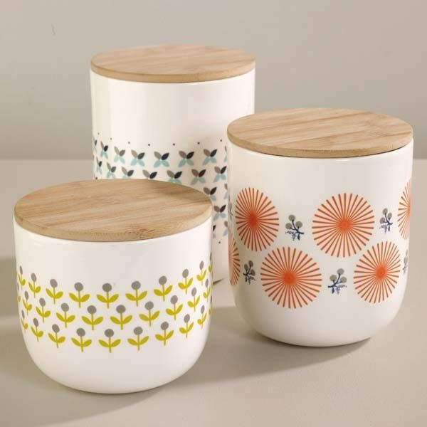 M  Mrs Clynk - Porcelain jar with wooden lid, Scandinavian inspired style.