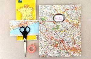 Boeken kaften met landkaart