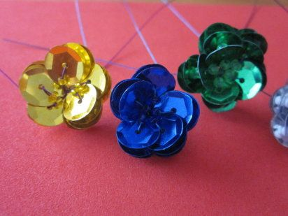 rosas de lentejuelas para decorar ropa o crear tu bisuteria