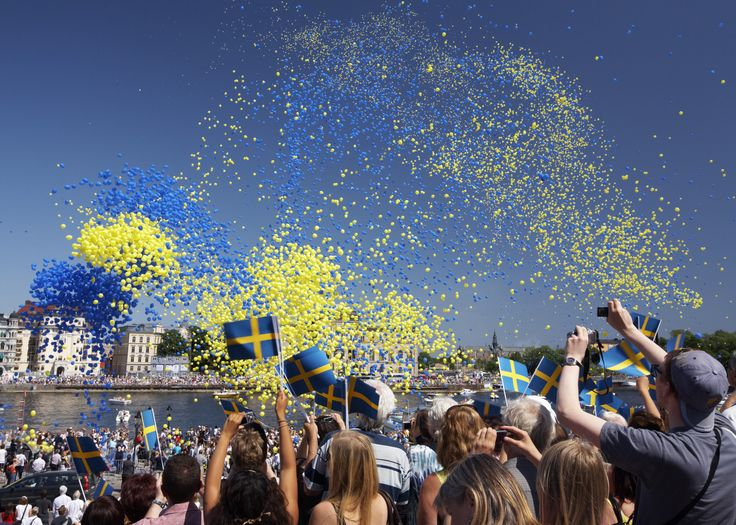 Since 1983, Sweden has celebrated its National Day on 6 June. This is the date on which Gustav Vasa was crowned king in 1523 and on which a new constitution was adopted in 1809. Photo taken by: Ola Ericson