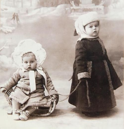 Russian babies, early 20th century