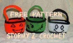 Halloween Treat Baskets Pattern - Stormy'z Crochet -Cute & Easy Designs - free crochet pattern