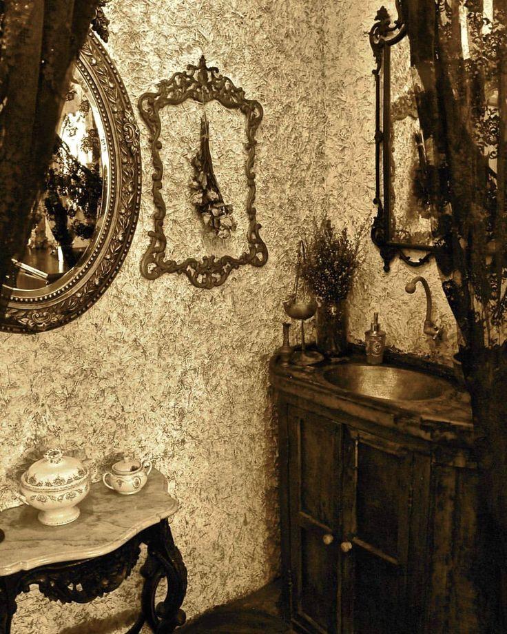 #bali #restaurant #bar #interior #unique #antique #decor #decoration #cozy #lunch #dinner #details #lasiciliabali