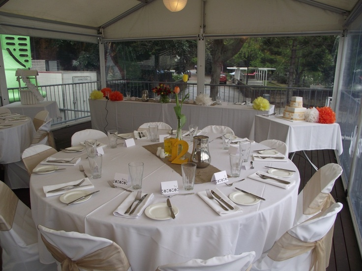 The Sunset Marquee Is Located At Base Of Kangaroo Point Cliffs And Offers Incredible