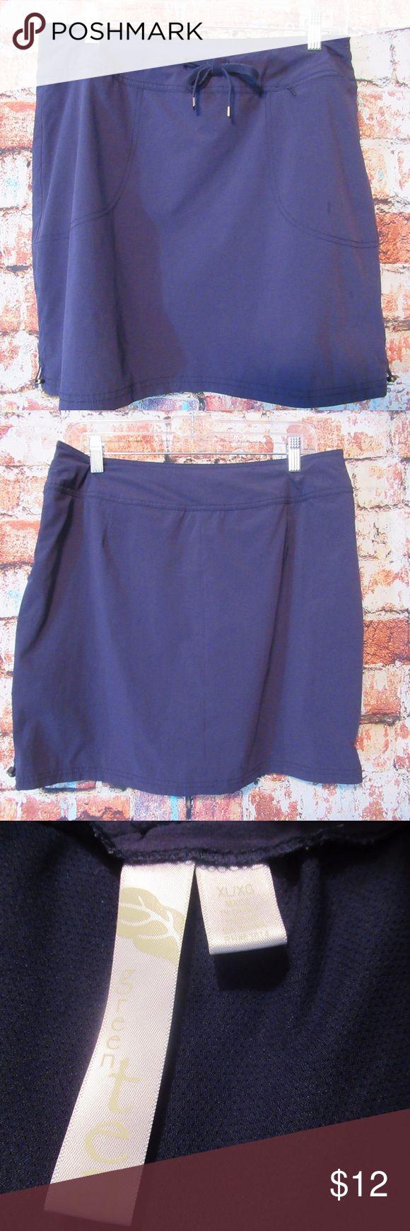 Green Tea Blue Women's Tie Front Skorts Size XL Excellent pre-owned skorts b…