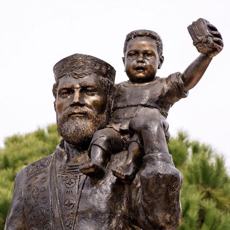 Did you know that St. Nicholas had his roots in Turkey? He was born in Patara (near modern day Kalkan) and was bishop of Myra (modern day Demre). - Arkadaslik Yachting - Creating dream vacations one cruise at a time! - - - #stnicholaschurch #stnicholas #stnicholasofmyra #demre #turkey #museum #history #religion #bluecruise #dreamvacation #friendship #gltLOVE #greece #igtravel #instatravel #mediterranean #photooftheday #sharetravelpics #travel #travelgram #travelphotography #travelpics…
