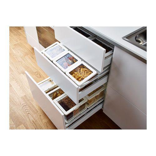 KRUS Nádoba s vekom na such potr IKEA Prázdne dózy sa dajú vkladať do seba, aby ušetrili priestor v skrinkách.
