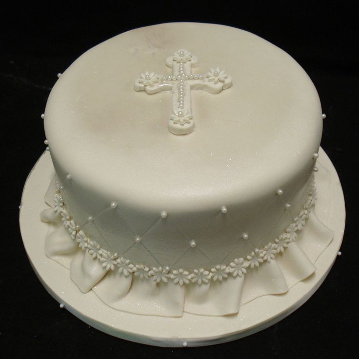 Beautiful and exquisite Cross cake. i love this!