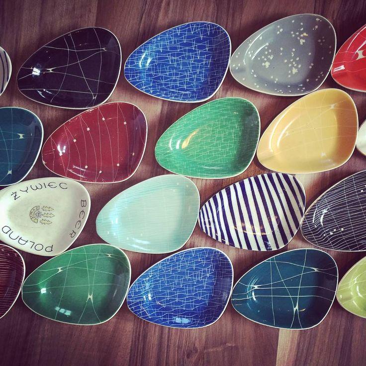 Popielniczki produkowane w Chodzieskich Zakładach Porcelany w latach '50 i '60, porcelit, tzw. pikasiaki.