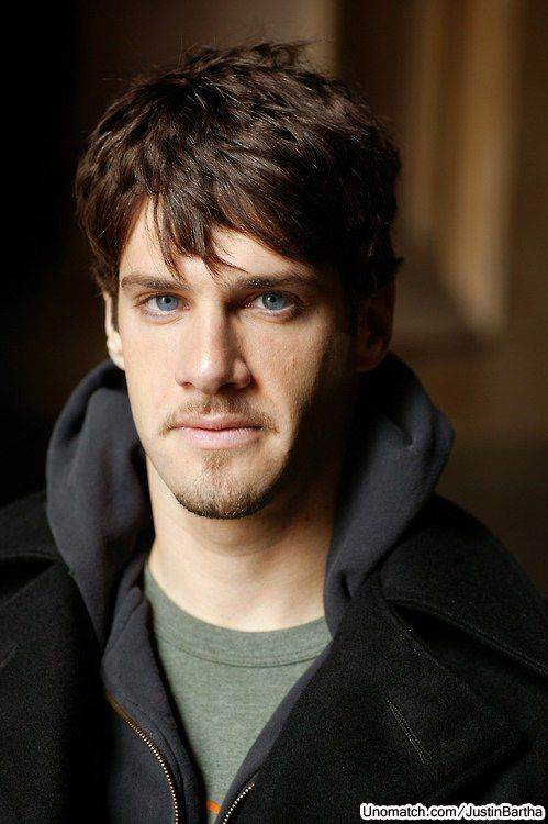 Justin Bartha , Unomatch - Get Socialized #JUSTINBARTHA #UNOMATCH #CELEBRITY #HOLLYWOOD #ACTORS #GOSSIP