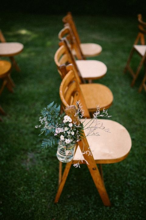 Jeroen & Annika's Netherlands Country Wedding / Photography by Alice Mahran / View on The LANE