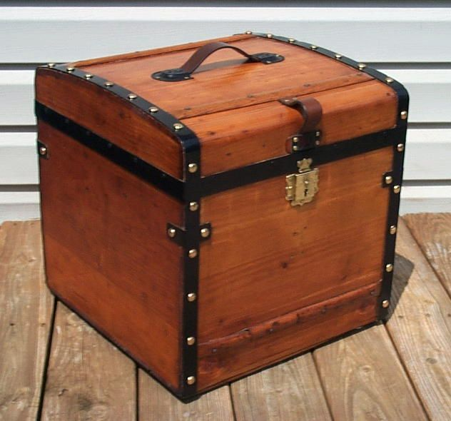 how to tell how old an antique trunk is