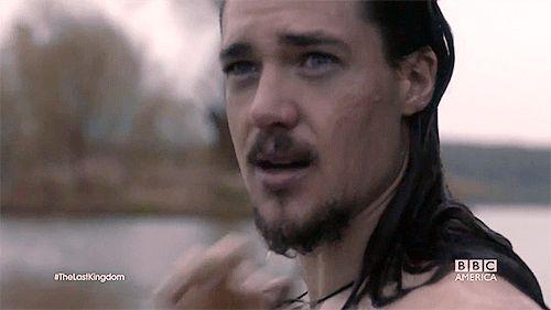 alexander dreymon | Alexander Dreymon as Uhtred of Bebbanburg in The Last Kindgom.