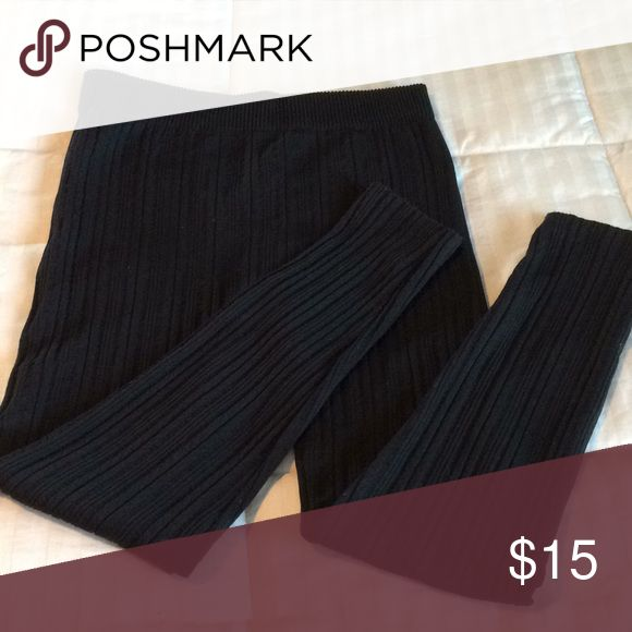 """Ribbed charcoal leggings. Polyester spandex.   High waisted.   Only worn once and washed.  Nice and warm!!  Inseam 25"""". Pants Leggings"""