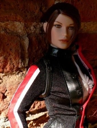 Another captivating Lara shot by Laragwen. The face in shadow says so much about this woman of danger.: Face, Captivating Lara, Croft Tonner, Lara Shot, Croft Full, Croft Dolls, Tonner Doll, Full Throttle, Lara Croft