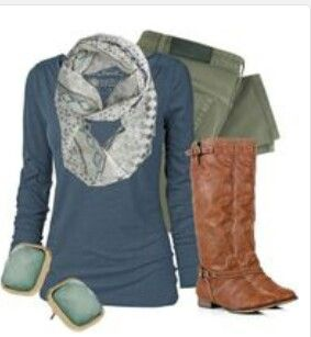 Perfect fall/back to school outfit! Interesting combo of blue and green♥
