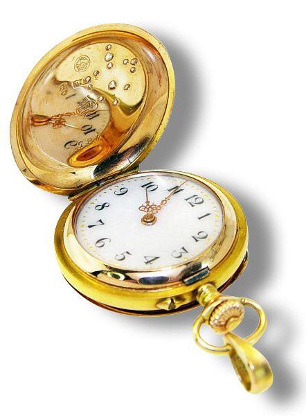 17 best images about watches uhren uhr watch on pinterest. Black Bedroom Furniture Sets. Home Design Ideas