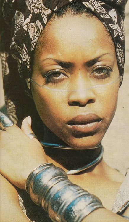 zamzaddyy:  donttrustrobotz:  Erica Abi Wright  she's a goddess  18° 15' N, 77° 30' W