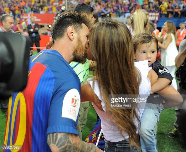 Lionel Messi and Antonella Roccuzzo attend the Copa del Rey Final match between FC Barcelona and Alaves FC at Vicente Calderon Stadium on May 28, 2017 in Madrid, Spain.