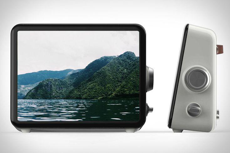 Loop Connected Photo Display | Uncrate