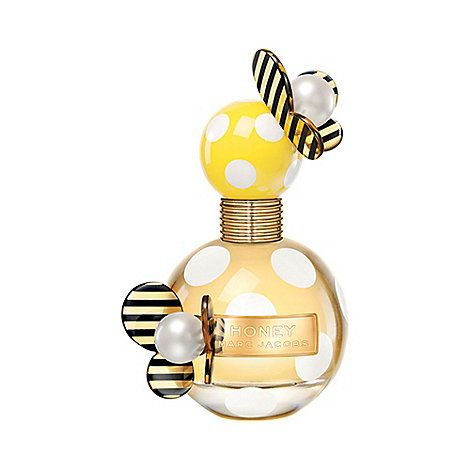 [BIRTHDAY LIST. parfum. This smells so nice on me - and is £20 off in Debenhams. Wantsies!]  Sunny and enticing with a touch of the unexpected, the Marc Jacobs Honey Eau de Parfum is as whimsical as can be. The delectable floral scent is created with spontaneous and happy-go-lucky girls in mind; ones who buzz with positive energy and always see the bright side. Marc Jacobs Honey opens with the instantly catchy medley of pear and juicy mandarin.