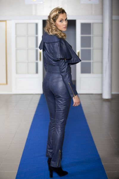 Jacket and pants made of unique reindeer leather by Mariela Pokka - Mariela Pokka - luxury fashion made of reindeer leather
