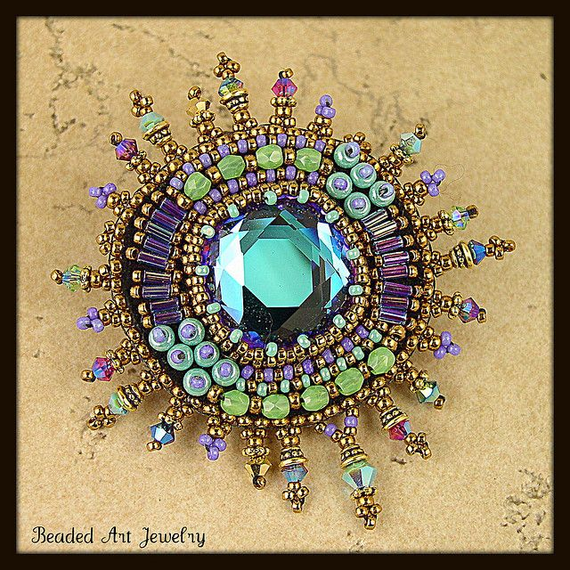 Beaded brooch by Susan Pierle by Beaded Art Jewelry, via Flickr