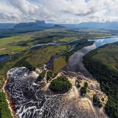 Canaima Lagoon, Hacha Waterfall, Venezuela    Лагуна Канайма, Водопад Ача, Венесуэла *  *  *   #venezuela #hacha #elhacha #waterfall #falls #водопад #венесуэла