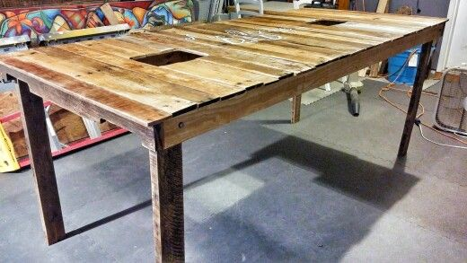 Pallet Oyster Shucking Table With Fold Up Legs Signs