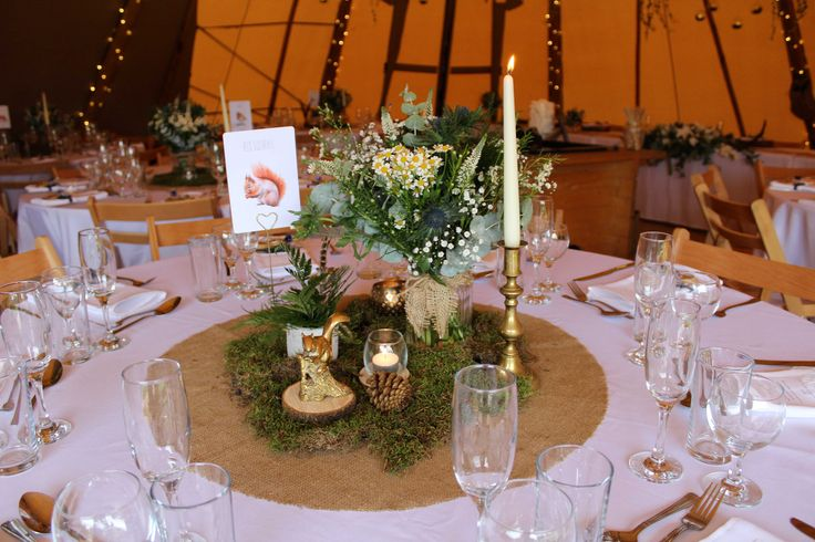 The Rustic Wedding Company | Bespoke Wedding styling in Leicester, UK | Fullscreen Page
